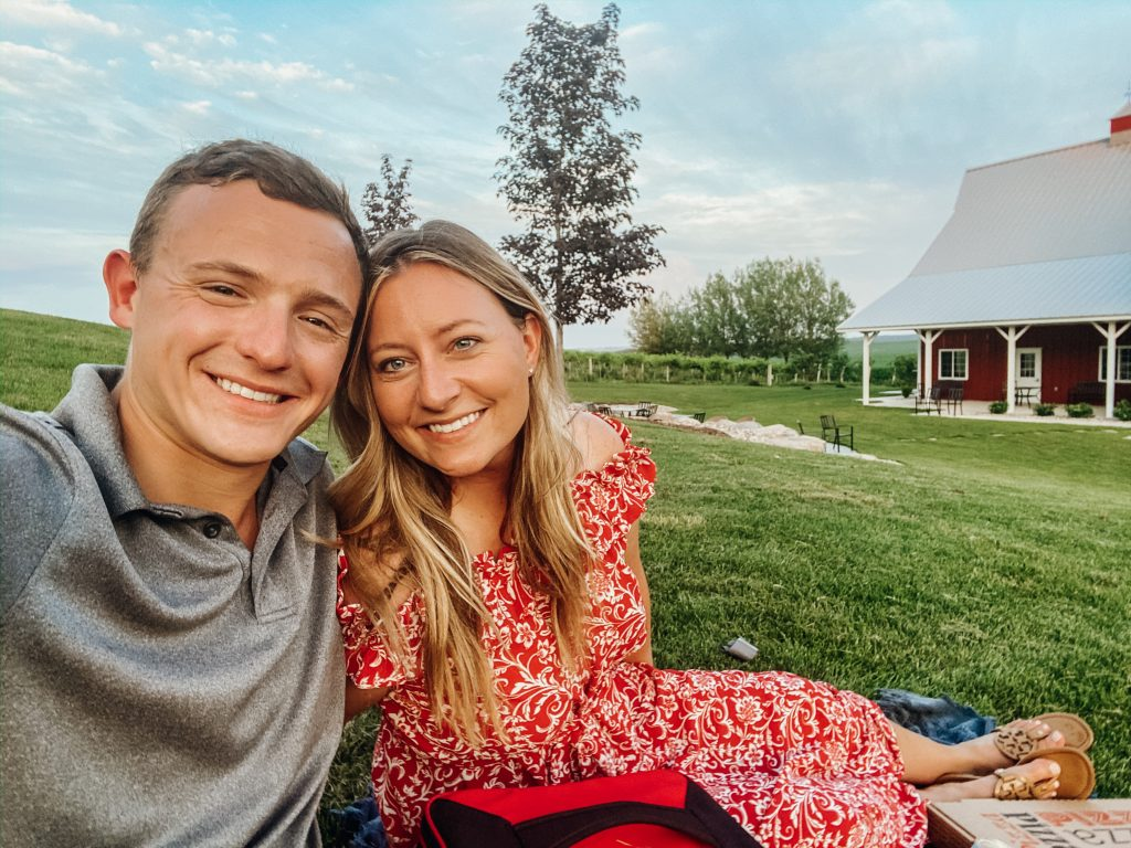 Minneapolis MN Date Night - Red Barn Farm Pizza Night